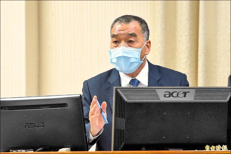 國防部長邱國正昨於立法院表示,在中共沒有放棄武力解決台灣問題之前,隨時都可能動武。(記者叢昌瑾攝)