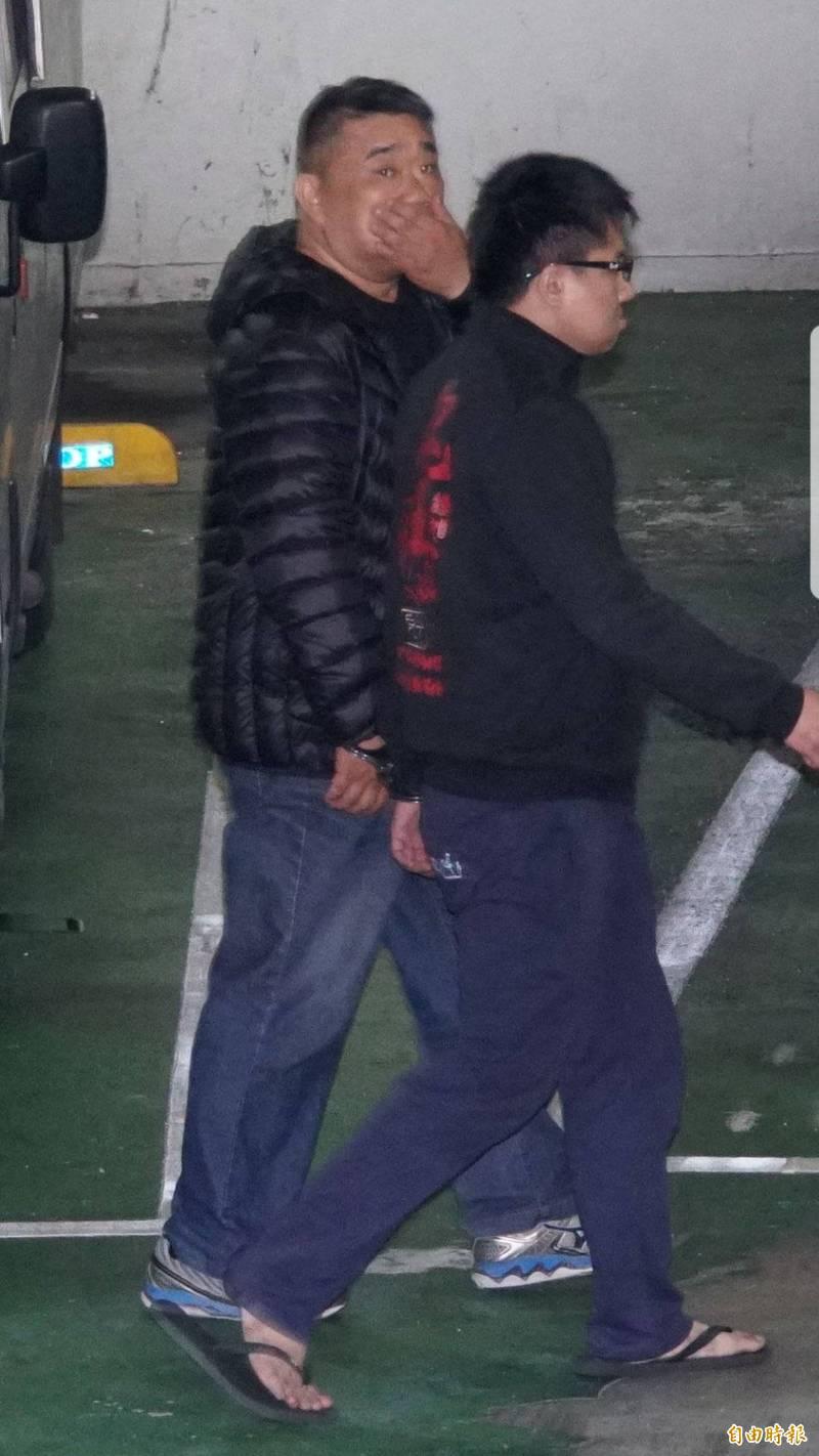 拆除大隊技師劉國誠(左)被控索賄1200萬元未遂,獲判3年7月確定。(資料照)