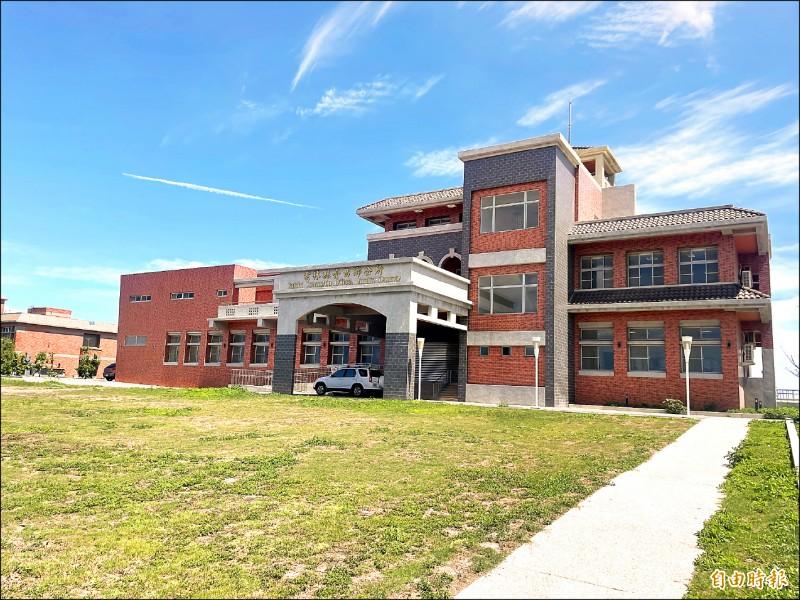 台西鄉公所新辦公大樓腹地廣闊,提供更優質服務。(記者林國賢攝)