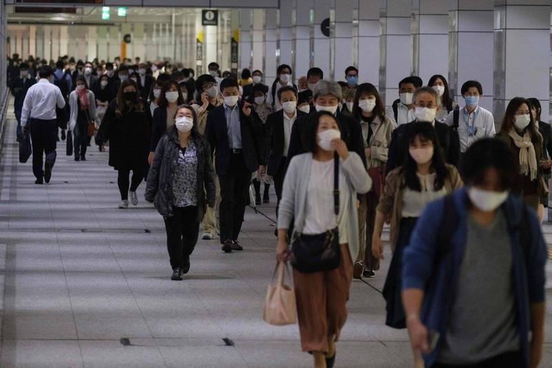 日本昨全境新增6242例確診病例、113例死亡病例。圖為大阪街景。(法新社)