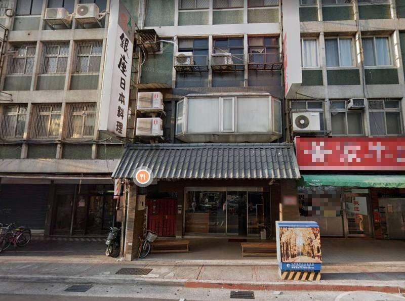 中央流行疫情指揮中心今天下午公布武漢肺炎確診者足跡,其中位於台北市士林區的天母銀座日式料理在名單之內。(擷取自GooleMaps)