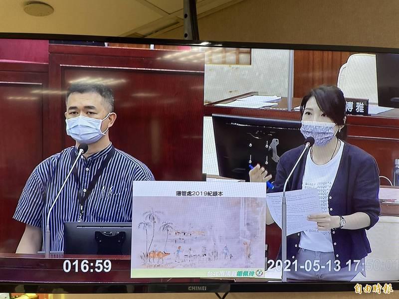 台北市文化局長蔡宗雄(左)答詢時態度傲慢,讓向來溫柔問政的美女議員鍾佩玲(右)罕見動怒,雙方激烈言詞交鋒。(記者鄭名翔攝)