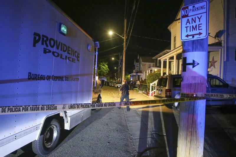 美羅德島州首府爆史上最大槍擊案,3人命危、9人受傷。(美聯社)