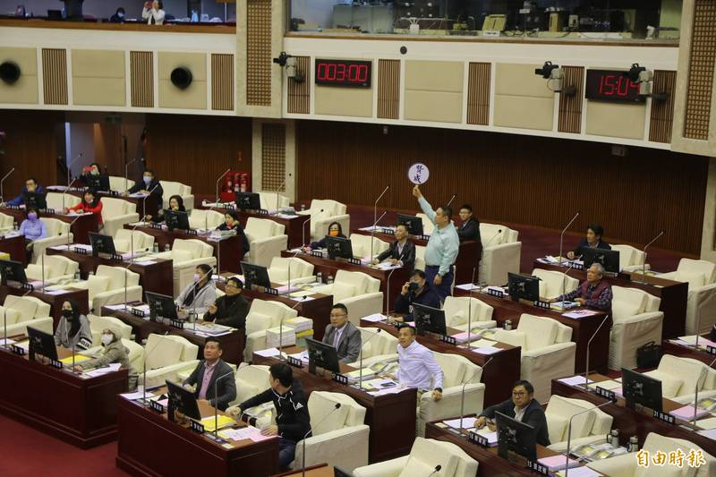 新北市議會已宣布定期大會停會,但台北市議會還需等下週一政黨協商結果再決定。(資料照)