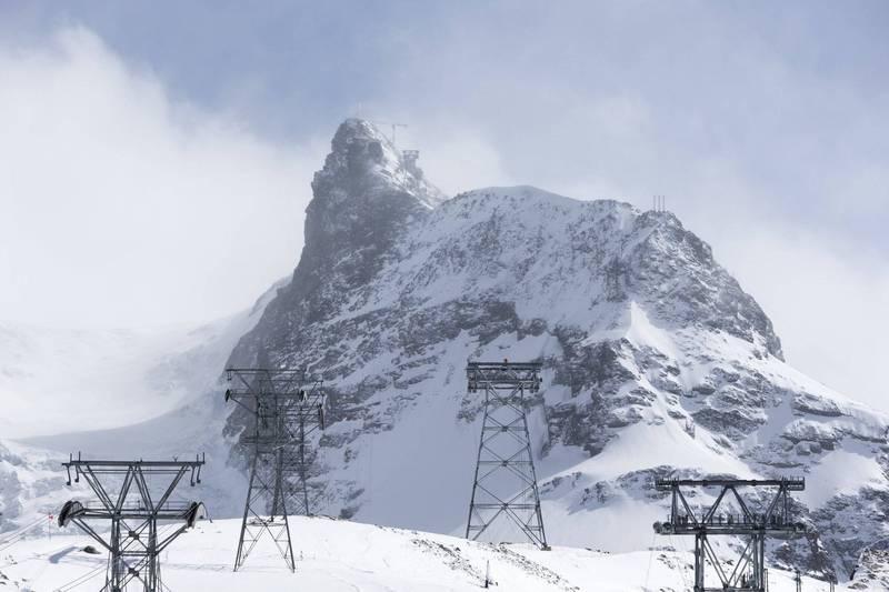 登山纜車是豪布手機訊號最後停留的地方。(美聯社)