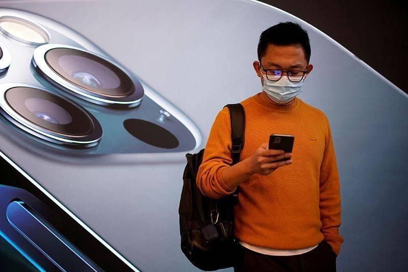 中國政府舉辦駭客競賽,以高額獎金徵求突破蘋果手機iPhone安全機制的漏洞,進而提供給中國安全機構監控維吾爾人。(路透檔案照)