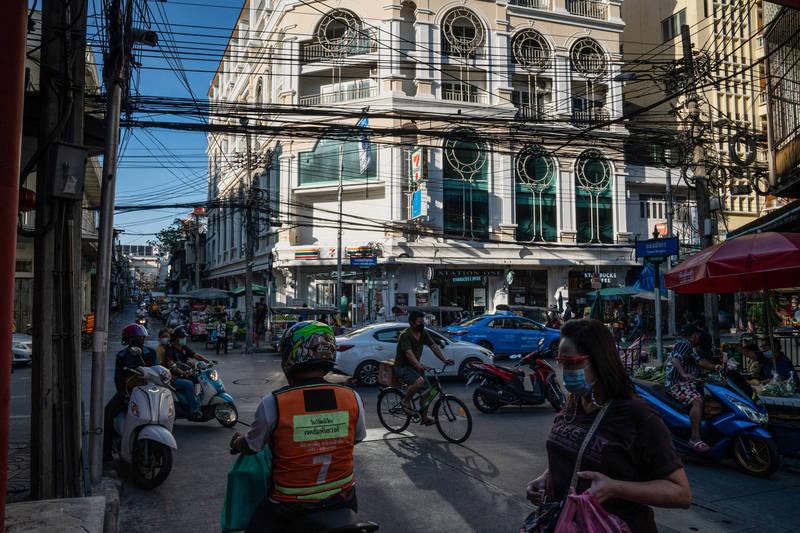 一名泰國曼谷台商,因商業利益糾紛,遭到討債公司綁架,歹徒並勒索台商的老闆、家人共計300萬美元(約新台幣8400萬元)。圖為曼谷。(彭博)