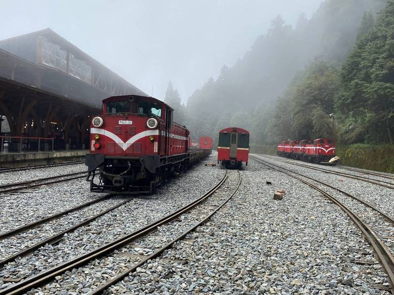 因應疫情升溫,阿里山林業鐵路5月18日到28日暫停營運。(阿里山林鐵及文資處提供)