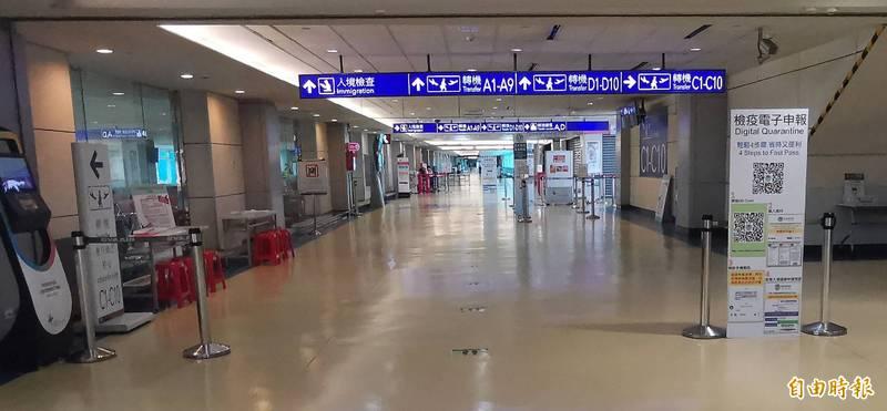 中央流行疫情指揮中心宣布,19日0時起(當地搭機時間)將實施邊境嚴管措施,外國人將暫緩入境,包含暫停旅客來台轉機,措施將實施至6月18日。示意圖。(資料照)