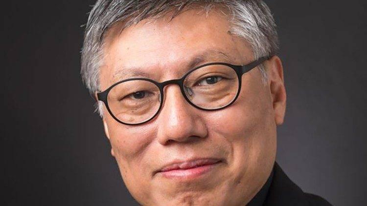 教宗方濟各今天任命懸缺已久的香港教區主教,由61歲耶穌會中華省會長周守仁出線。(圖擷取自VATICAN NEWS)
