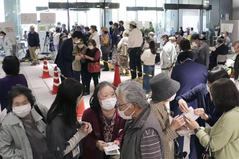 日本從今天開始針對東京、大阪等地進行大規模武漢肺炎疫苗接種預約。(美聯社)