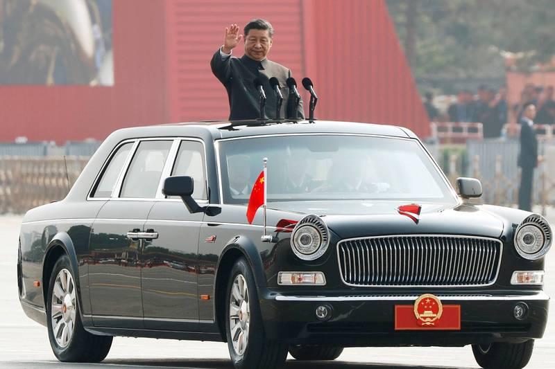 2019年10月1日中共建政70年,中國國家主席習近平在北京天安門廣場檢閱人民解放軍部隊。(路透檔案照)