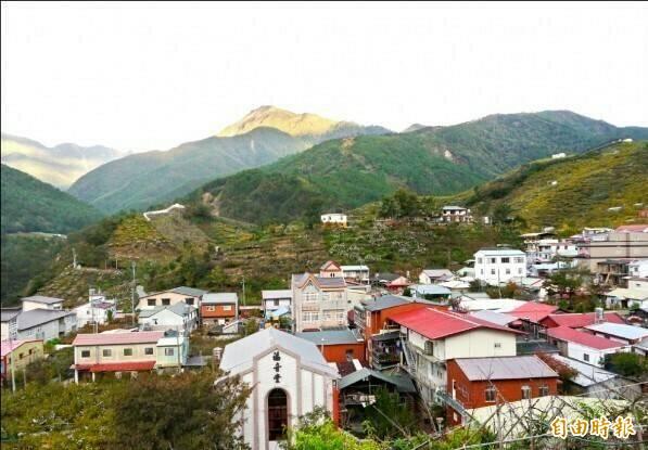 環山部落是台中市最偏遠的部落。(資料照,記者張軒哲攝)