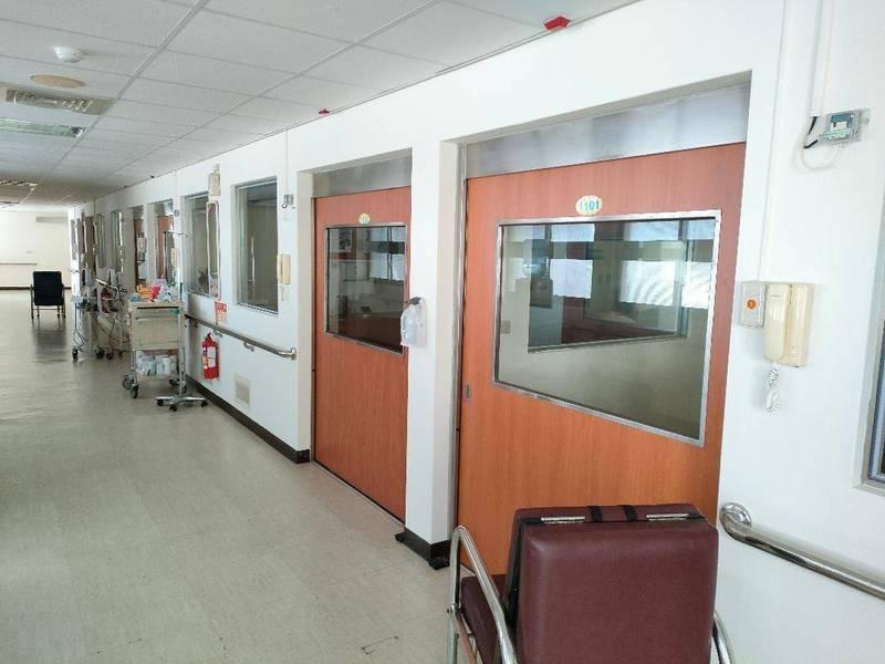 三總澎湖分院有六間負壓病房,專門收容呼吸道急症病患。(三總澎湖分院提供)