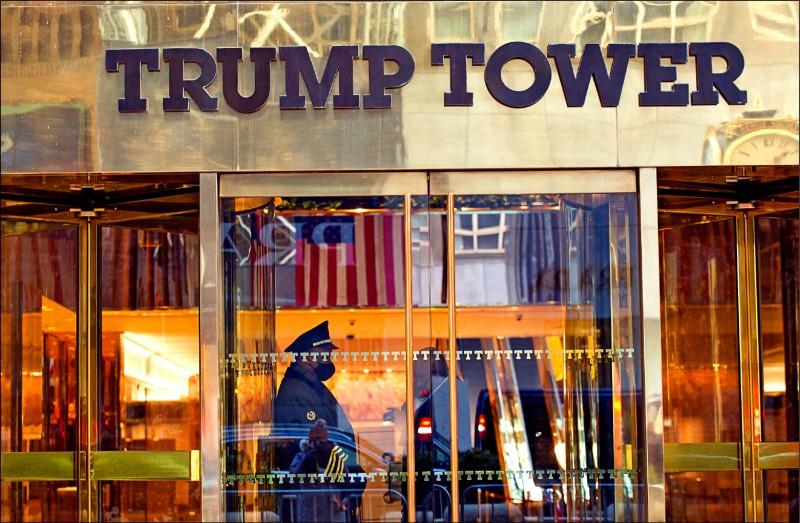 美國紐約州檢察長辦公室表示,針對前總統川普旗下川普集團(The Trump Organization)展開的調查,已不再純屬民事性質,而是刑事調查。圖為紐約川普大樓(Trump Tower)。 (法新社檔案照)