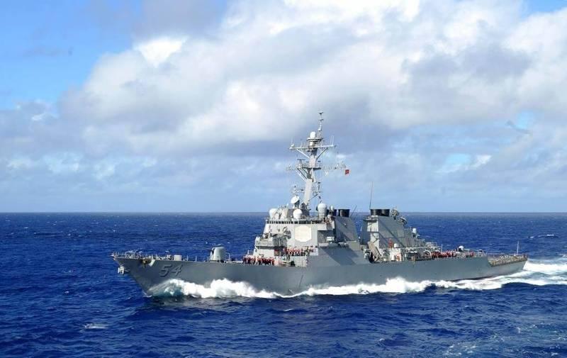 美國第七艦隊驅逐艦「柯蒂斯魏柏號」號(USS Curtis Wilbur DDG-54)20日駛向南海至西沙附近海域。(翻攝自USS Curtis Wilbur DDG-54官網)
