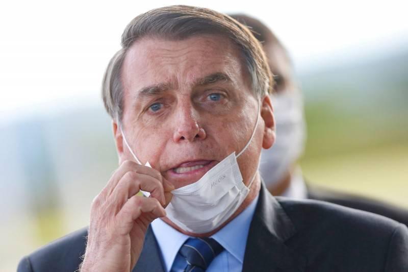 巴西总统波索纳洛(见图)日前在马拉尼昂州进行集会活动,因为没有戴口罩违反法规,将被当地卫生单位开罚。(路透资料照)(photo:LTN)