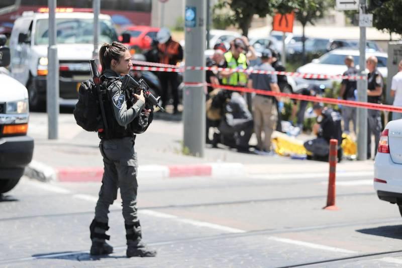 以色列维安部队在事发现场戒备。(路透)(photo:LTN)