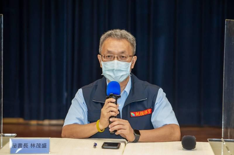 宜蘭縣政府秘書長林茂盛說,宜蘭縣目前累計開出45張未戴口罩罰單。(宜縣府提供)