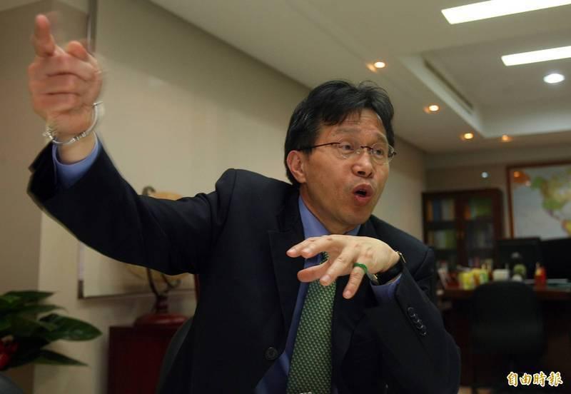 謝志偉在臉書提及中國外交官過去在某次活動上的惡劣行徑,他認為:「我相信中共什麼都幹得出來」。(資料照)
