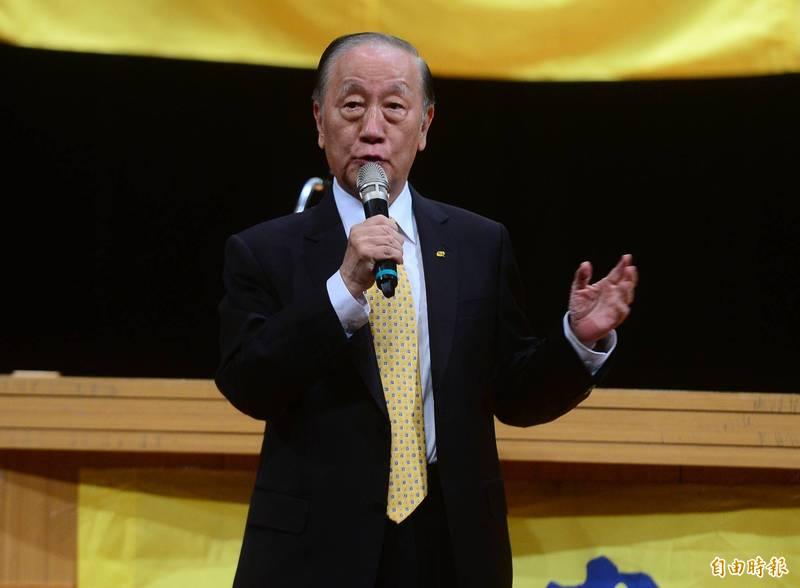 新黨前主席郁慕明飛上海施打中國免費疫苗。(資料照,記者王藝菘攝)