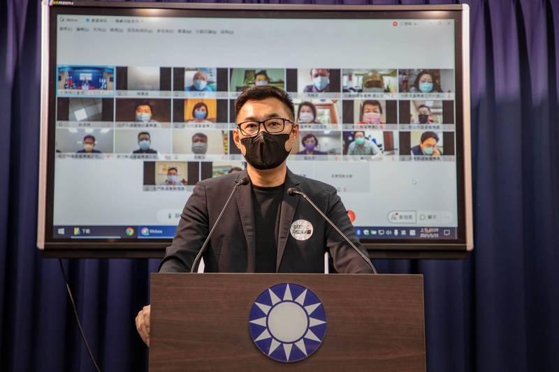 國民黨主席江啟臣與22縣市議會黨團連線,提出「防疫三訴求、祈願五行動」,呼籲全民團結抗疫。(國民黨提供)