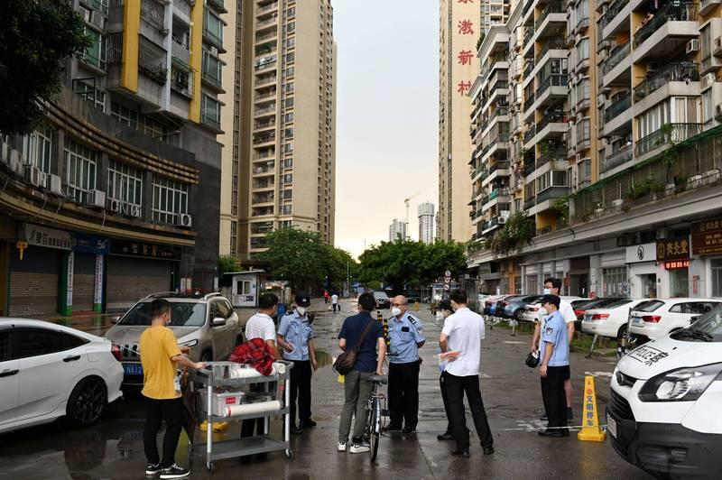 廣州30日新增18例本土病例,限制措施再升級。圖為廣州。(路透)
