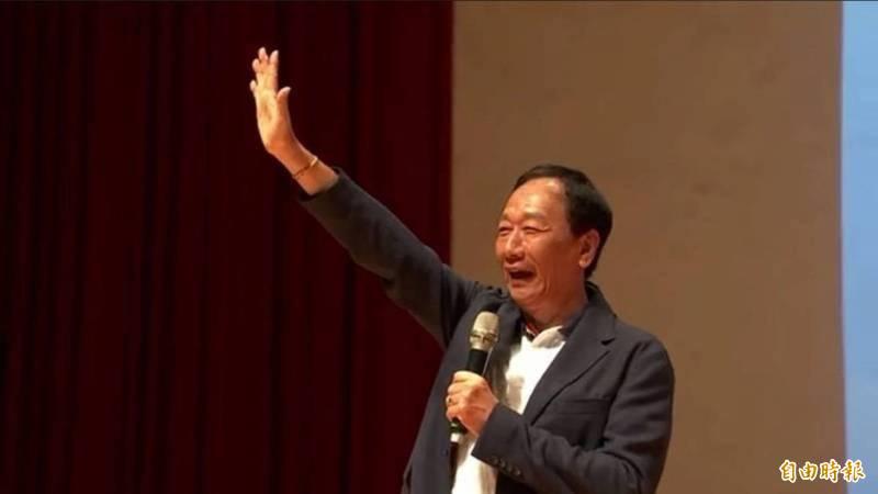 鴻海創辦人郭台銘在臉書宣布引進500萬劑德國直送BNT。(資料照)