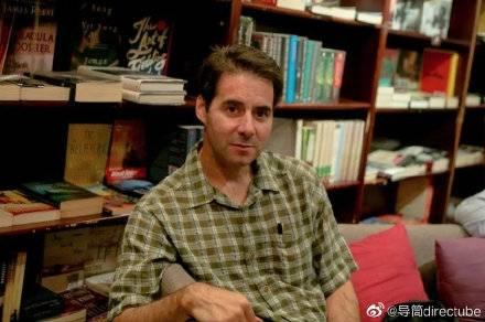 知名美國作家、中國四川大學匹茲堡學院 助理教授何偉,意外未獲校方續聘,將在本學期結束後離開中國。(取自微博)