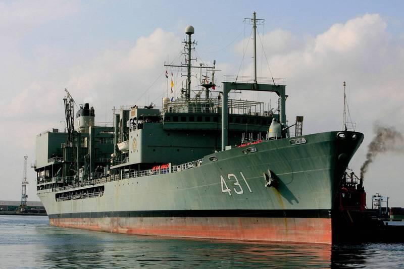「哈格號」補給支援艦是伊朗最大軍艦。(法新社)