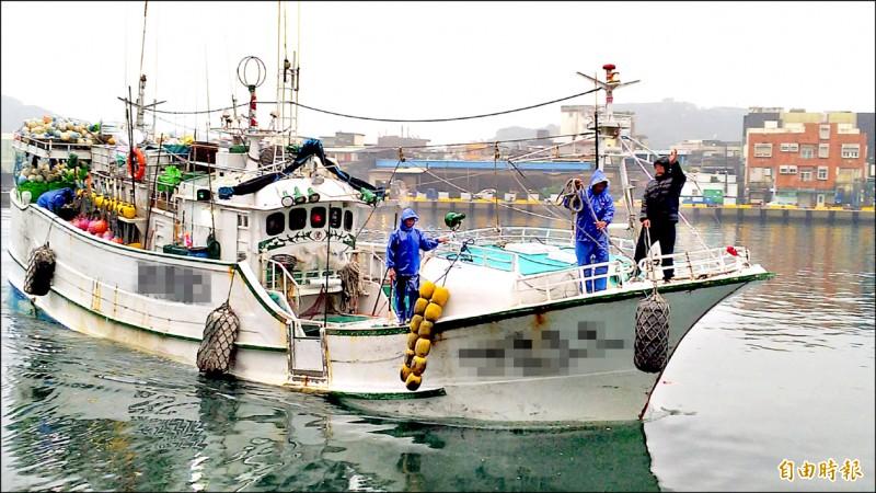 南方澳漁村住戶反映,指當地外籍漁工十多人群聚。圖為南方澳漁船作業情形,與新聞事件無關。(資料照,記者江志雄攝)