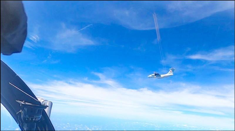 中國軍機日前侵擾馬來西亞防空識別區。(美聯社)