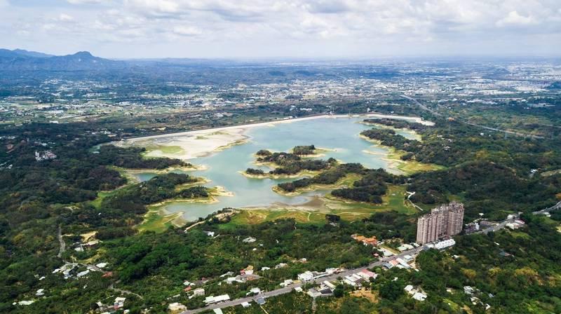 仁義潭水庫5月29日的空拍照。(拍攝者王士昇)