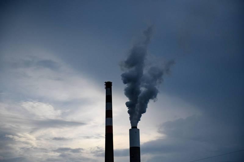 二氧化碳造成的氣候變化不僅僅是提高溫度,還會增加像是風暴、乾旱等極端天氣,並導致海平面上升且變更酸性等多種環境問題。(法新社)