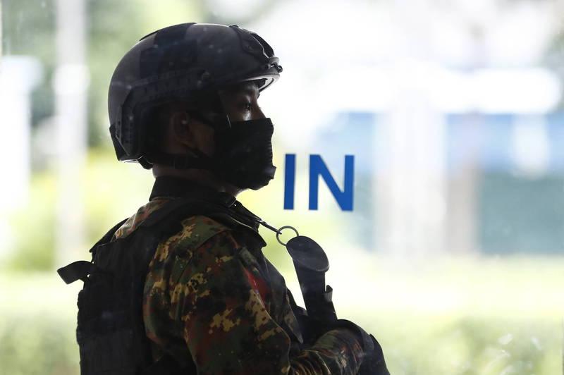 圖為緬甸軍警。(歐新社)