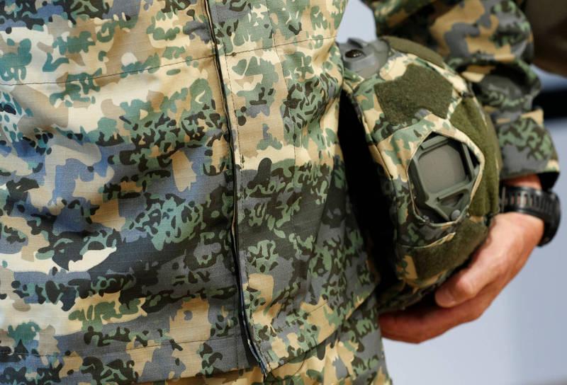奧地利1名士兵近期被法院判處19個月有期徒刑,原因在於他的睪丸被發現「禁忌圖騰」。(路透檔案照)