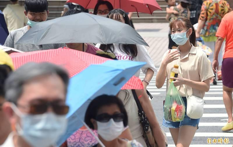 中央氣象局指出,今天(11日)天氣更加穩定,也比昨天悶熱。(資料照)