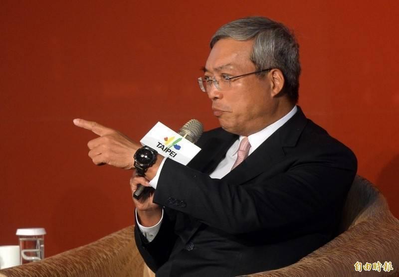財訊傳媒董事長謝金河(見圖)呼籲,台灣民眾應該要有「疫苗形同國防產業」的共識,也認為包含高端在內的國產疫苗若能達陣,這會是台灣整體競爭力再向上提升的指標。(資料照)