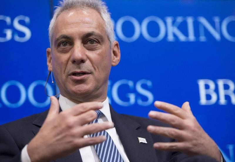 美國政府擬提名前芝加哥市長伊曼紐爾(見圖)擔任駐日大使一職,芝加哥市警察槍殺的遺屬等28人表達強烈反對。(法新社)