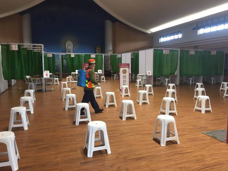 台南市大型疫苗注射接種站已部署就緒。(記者洪瑞琴翻攝)