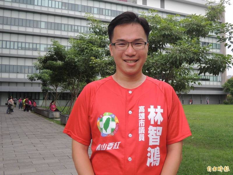 高市議員林智鴻評論台北市長柯文哲,甩鍋功夫真的一百分。(記者王榮祥攝)