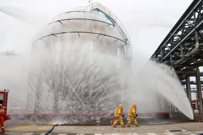 中國貴州省貴陽市的化工貿易公司,今(12日)發生甲酸甲酯洩漏意外,導致8死3傷的慘劇。中國化學品洩露示意圖,與本新聞無關。(法新社)