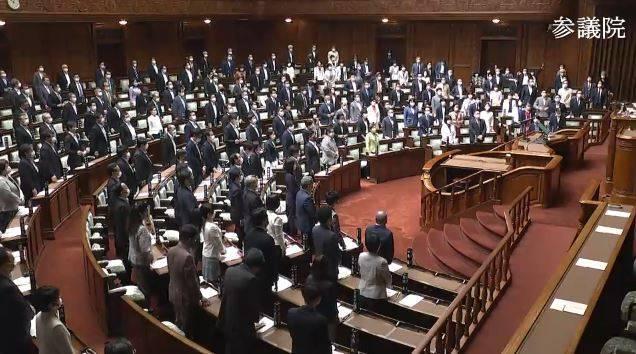 日本國會影片曝光!全體議員起身力挺台灣