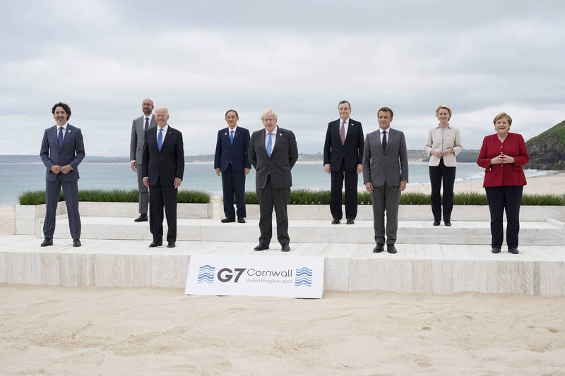 G7成員國領袖及2名歐盟領袖齊聚英國,共商武漢肺炎疫情等國際情勢。(美聯社)