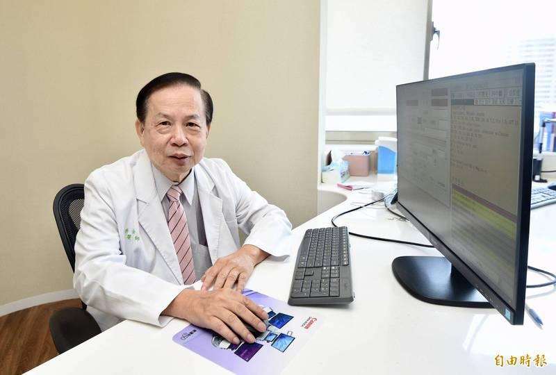 台北市好心肝診所爆發偷打疫苗爭議,董事長許金川(見圖)、執行長粘曉菁在通訊軟體向內部人員道歉。(資料照)