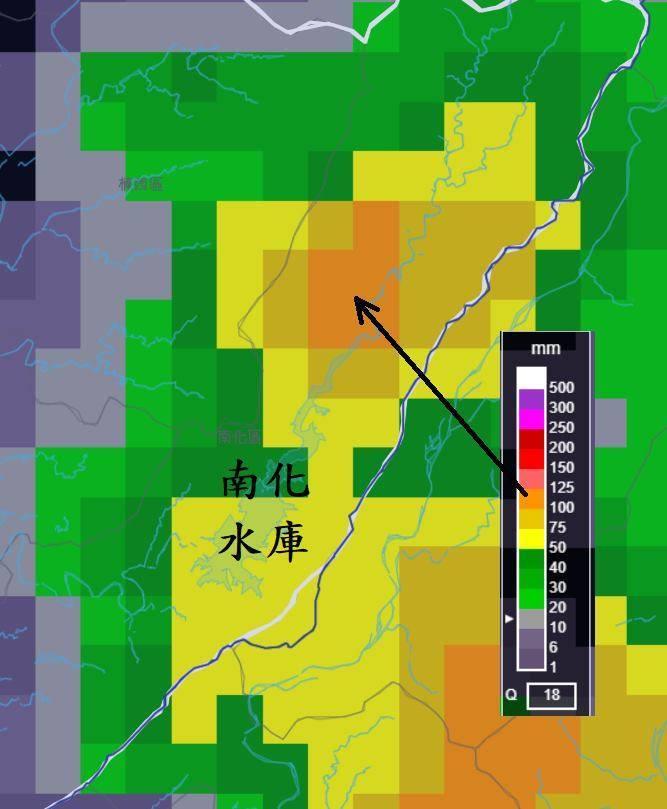 中央氣象局局長鄭明典透露,雖然今天雨區範圍不大,但一個強烈對流胞貢獻到了南化水庫集水區。(擷取自鄭明典臉書)