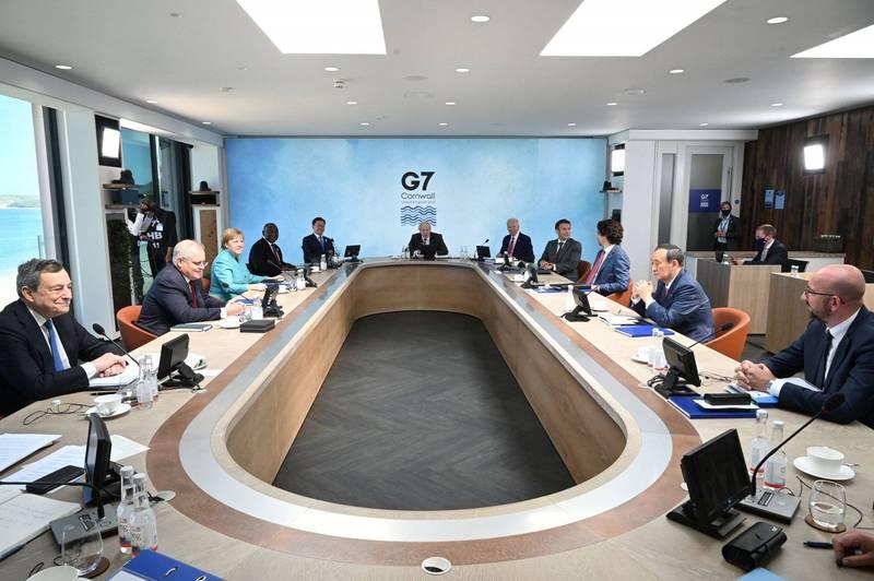 G7元首、歐盟領袖及獲邀與會的澳洲、南韓、南非等國元首齊聚一堂商討國際情勢。(路透)