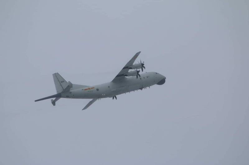 中國一架運八反潛機接近我西南空域,圖為同型機。(國防部提供)