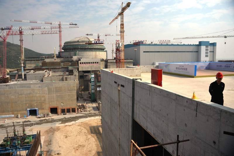 中國廣東「台山核電廠」遭法國核反應爐廠商Framatome通報核洩露,核電專家分析推測,最有可能的狀況就是機組內「燃料棒束滲漏」。(法新社)