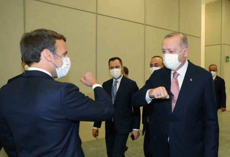 土國總統艾多根與法國總統馬克宏就利比亞問題達成共識,將共同努力撤離利比亞的外國傭兵。(路透)